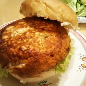 鶏挽き肉と豆腐のヘルシーハンバーグ♪