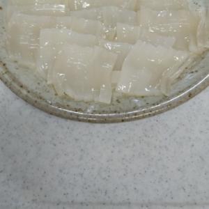 生姜醤油でたべる、ヤリイカのお刺身