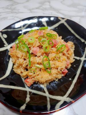 中華風☆肩ロースハムと松の実の炊き込みご飯
