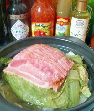 ベーコンとチンゲンサイの簡単蒸し鍋・タジン鍋で☆
