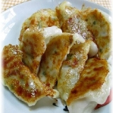 カリッと香ばしいキャベツの焼き餃子