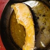グリルパンで、塩鮭のごま油酒がけ
