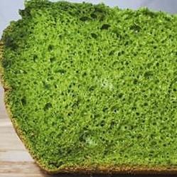 モリンガの米粉シフォンケーキ