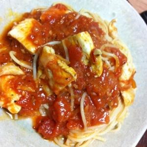 鶏肉とトマトのパスタ