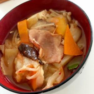 野菜とベーコンのキムチスープ☆彡
