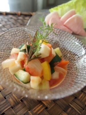 ころころ夏野菜のトマトピクルス