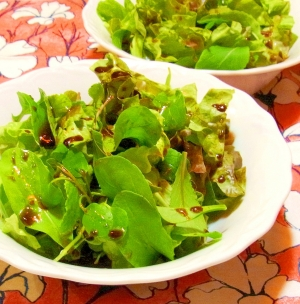 ルッコラのグリーンサラダ(バルサミコドレッシング)
