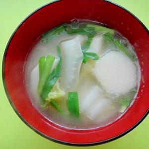 里芋と白菜ニラの味噌汁