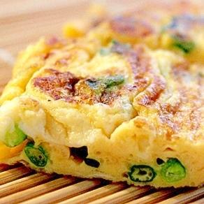 【アレンジ卵焼き】 葉ネギとチーズの卵焼き