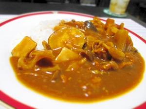 秋野菜と味噌でほっこり☆きのこと薩摩芋の味噌カレー