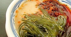 つるつるわかめの簡単・坦々麺