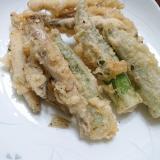 ワカサギの天ぷら(梅塩&粉山椒)