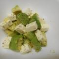 簡単☆アボカドとチーズのサラダ
