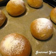 ナッツと黒糖の米粉パン