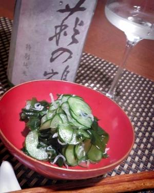 簡単さっぱり、わかめと胡瓜の雑魚酢の物