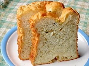 サツマイモたっぷり 甘くておいしいさつまいも食パン