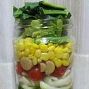 簡単!楽し♪可愛♪彩りジャーサラダ(イタリアン味)