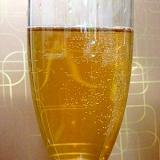 白ワインのカクテル☆紅茶のシャンパーニュ気分♪