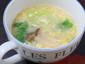 塩豚の茹で汁で☆ 「レタスとシメジの卵スープ」