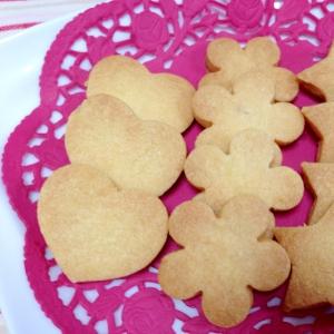 材料3つ☆さっくり型抜きクッキー