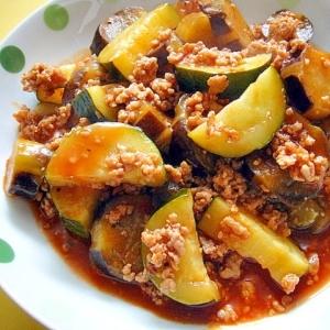 茄子とズッキーニ豚ひき肉のケチャチリ炒め煮