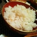 貝出汁でしみじみ美味しい、湯葉飯