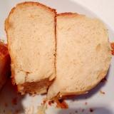 ホエー入りのミルクソフトパン