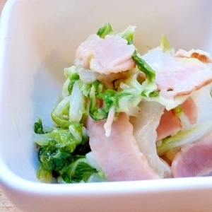 白菜でもう一品!白菜とベーコンのガリバタソテー