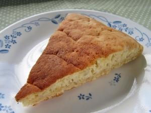 材料3つだけ!フライパンで簡単・バナナケーキ♪