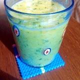 ビタミンC補給。夏用グリーンスムージー。