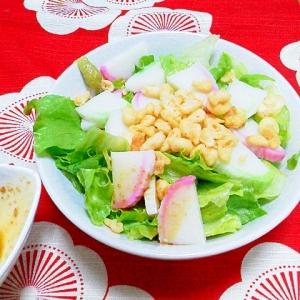 簡単!和風味のレタスサラダ(かまぼこ・天かす入り)