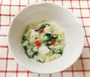 【離乳食後期】野菜と鶏団子のマカロニホワイトソース