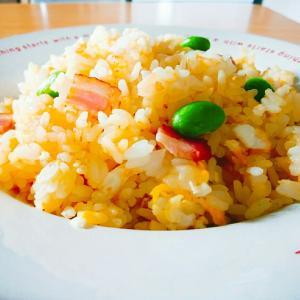 卵と枝豆の炒飯