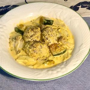 ルーが無くても大丈夫、白菜と鶏団子のクリーム煮