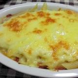 チーズたっぷりペンネのミートグラタン