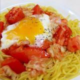 流水麺で(^^)温玉のせトマトと白菜キムチの冷麺♪