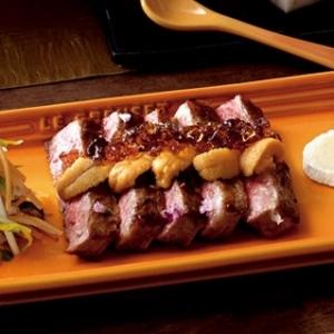 [ル・クルーゼ公式]牛肉とウニのポン酢ジュレのせ