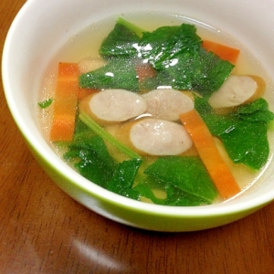 大豆、ウインナー、野菜のスープ