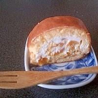 ドライマンゴーとヨーグルトのミニロールケーキ