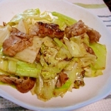 キャベツと豚バラ肉のニンニク炒め
