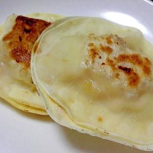 固くなった餃子の皮2枚で焼く餃子