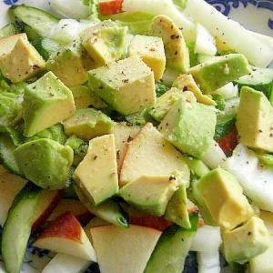 アボカドと白菜のサラダ