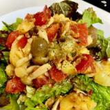 ジャガイモとキノコのガーリックオイルサラダ