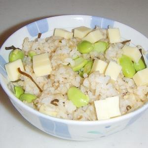 枝豆とチーズと塩昆布の混ぜご飯