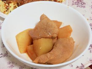 レンジで簡単作りおき♪豚と大根の味噌煮