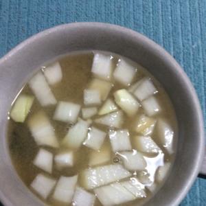 生玉ねぎしゃきしゃき♪お味噌汁