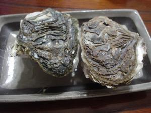 岩牡蠣の酒蒸し
