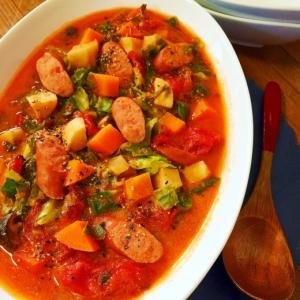セロリでお店の味に!ゴロゴロ野菜の★トマトスープ