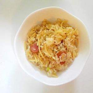 玉ねぎとウインナーのスパ飯