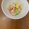 レタスとカニカマと炒り卵のサラダ